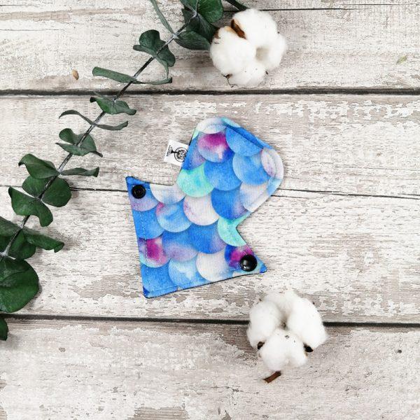 Serviette hygiénique lavable - Tanga - 6pouces - Écailles bleues  AZV